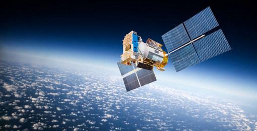 Чем вредят планете три тысячи спутников на околоземной орбите
